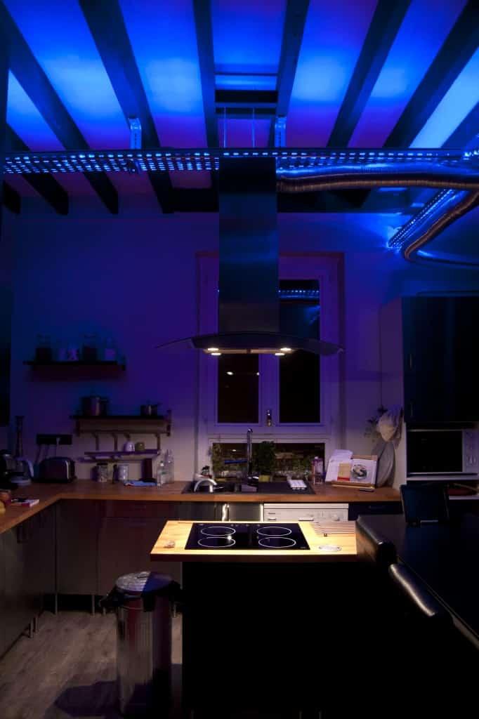 Intégration des rubans led pour un plafond ambiance lumineuse garantie