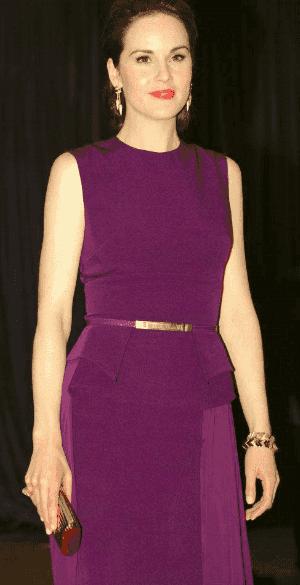 La robe de soirée violette de Michelle Dockery au dîner des correspondances de la maison blanche