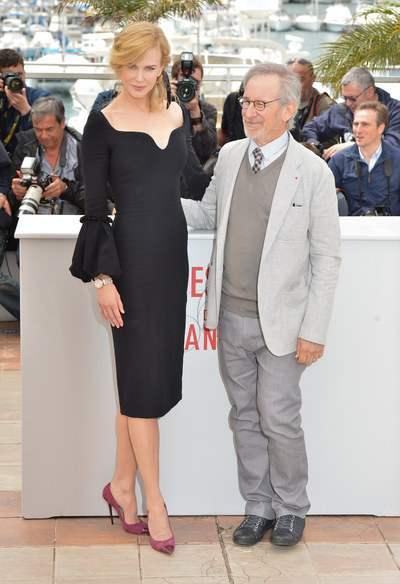 Nicole Kidman surprend dans sa robe de soirée noire