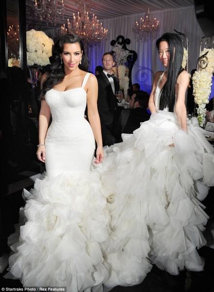 Vera Wang pour la troisième robe de mariée de Kim Kardashian ?