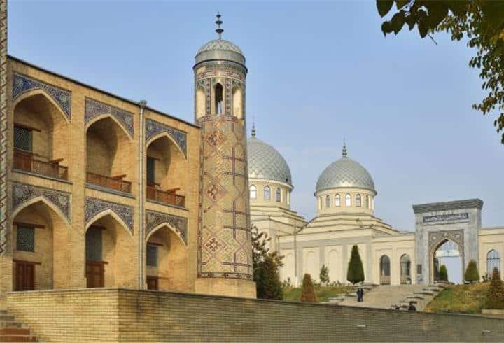 Escapade au cœur de la citadelle de pierre, Tachkent